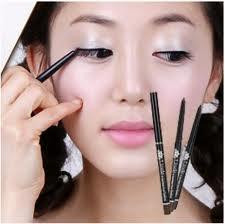 5 Perubahan Karena Make UP, Perubahan setelah memakai Make up, Tampil Cantik dengan Make Up, Perubahan Drastis Setelah Memakai Make Up, Make Up Mempercantik Diri, Make Up Alami