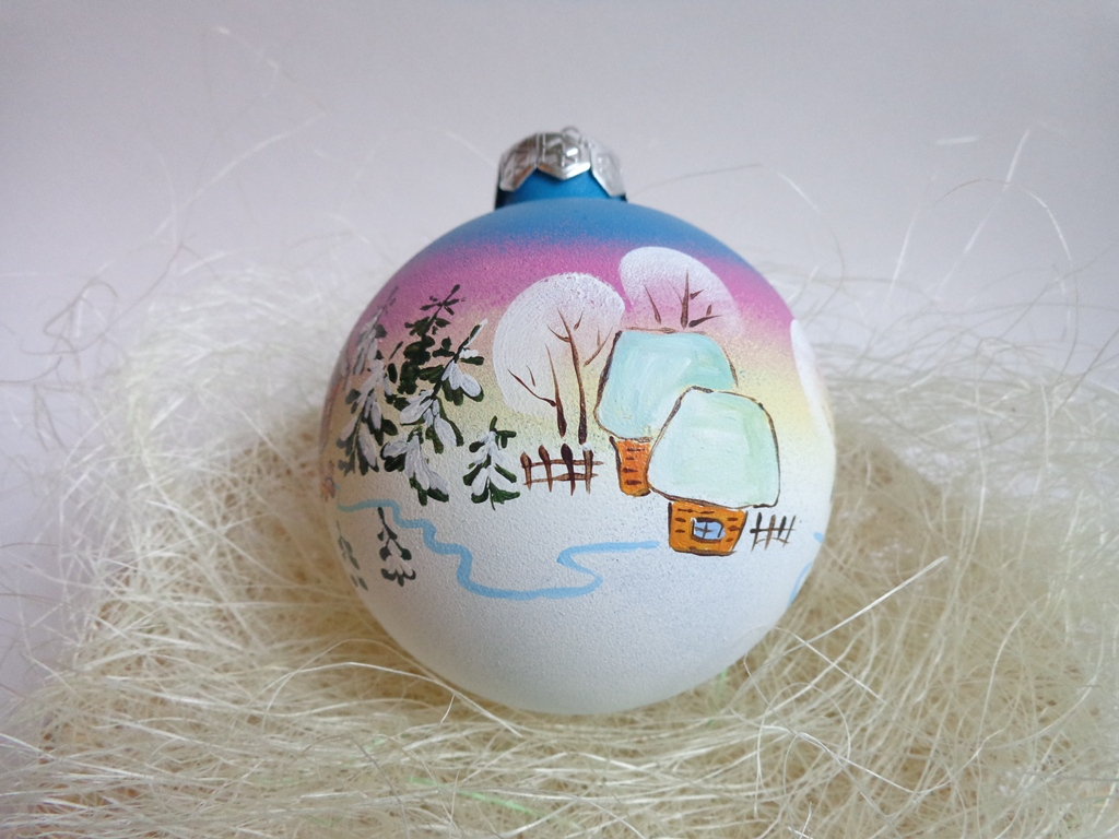 Роспись на новогодних шарах своими руками