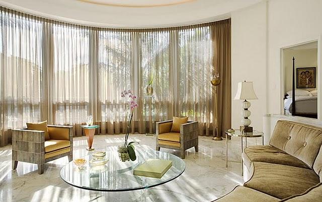 Sala De Estar Luxuosa ~ Utilização de peças de vidro ou acrílico transparente