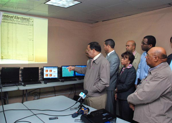 Prueba de cómputos de Junta concluye con éxito; en dos horas transmiten casi el 100%