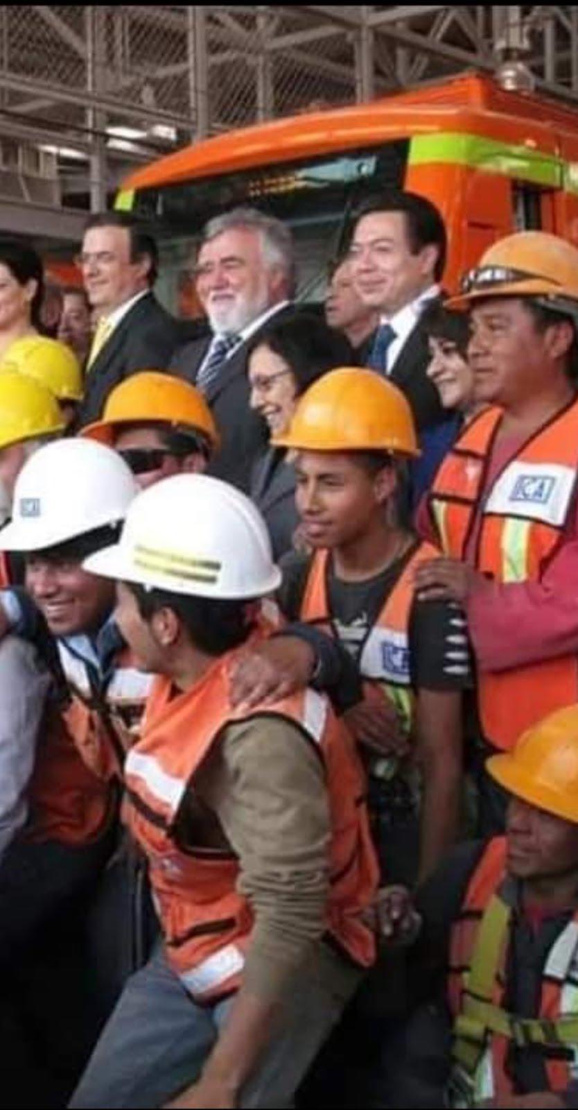 Aniversario del PRD la víspera de que la línea 12 sea declarada fallida