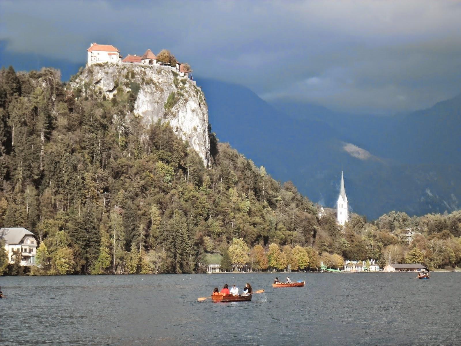 Castelul-Bled.jpg