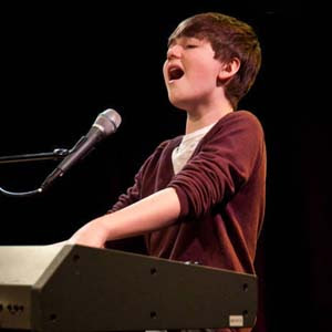 Greyson Chance - Little London Girl Lyrics | Letras | Lirik | Tekst ...