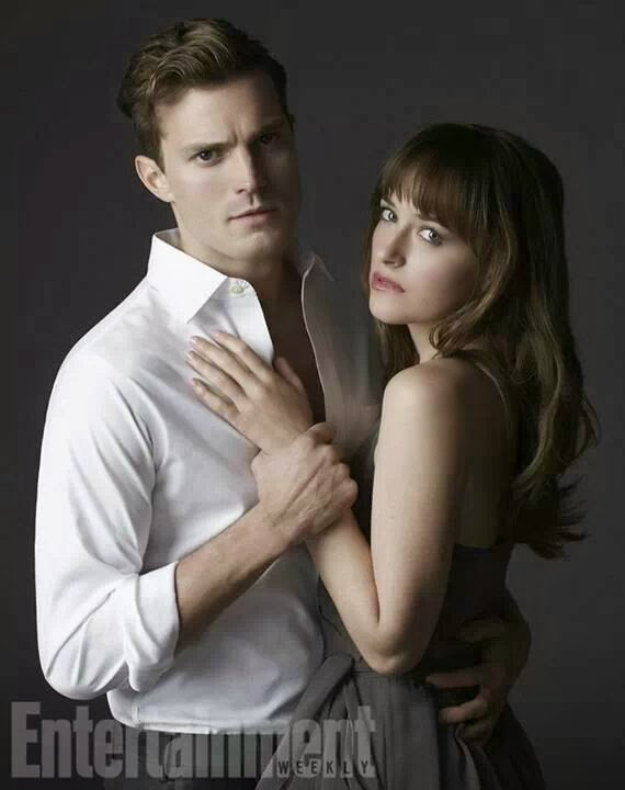 Jamie Dornan y Dakota Johnson posan como Christian Grey y Anastasia Steele en el último numero de la revista Entertainment Weekly,