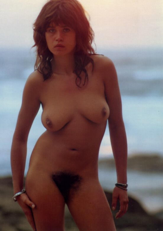 Большими жопами лесбиянки из токио зрелая сука