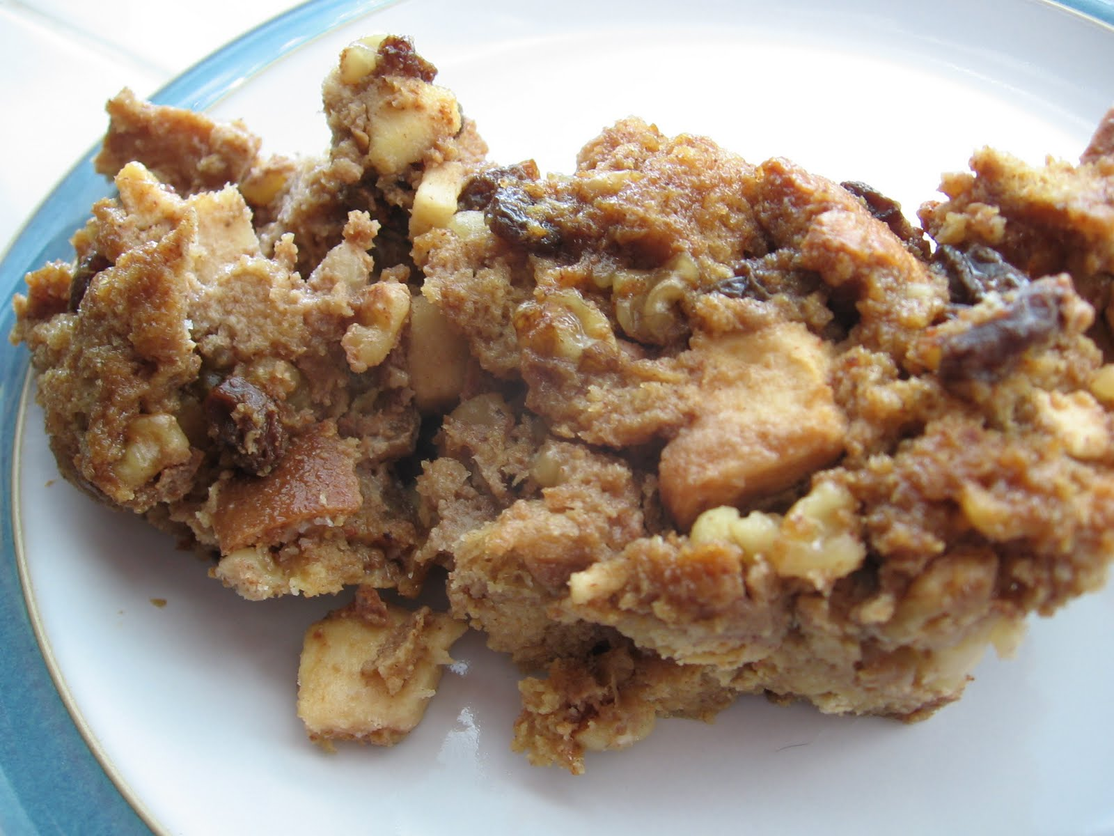 Someone's in the Kitchen with Brina...: Apple Nut Bread Pudding