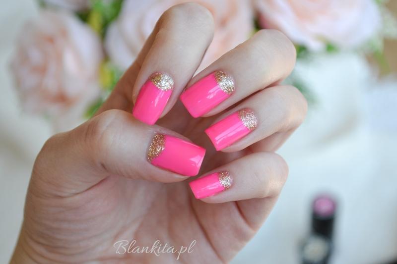 semilac, intensive pink, gold disco, lakiery hybrydowe, diamond cosmetics, zdobienie paznokci, halfmoon, półksięzyc, różowe, złote, brokat złoty