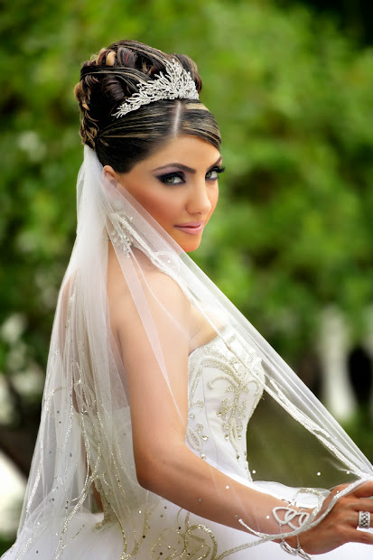 wedding hairstyles with tiara 2014