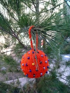 orange, beaded, knitted, ornament