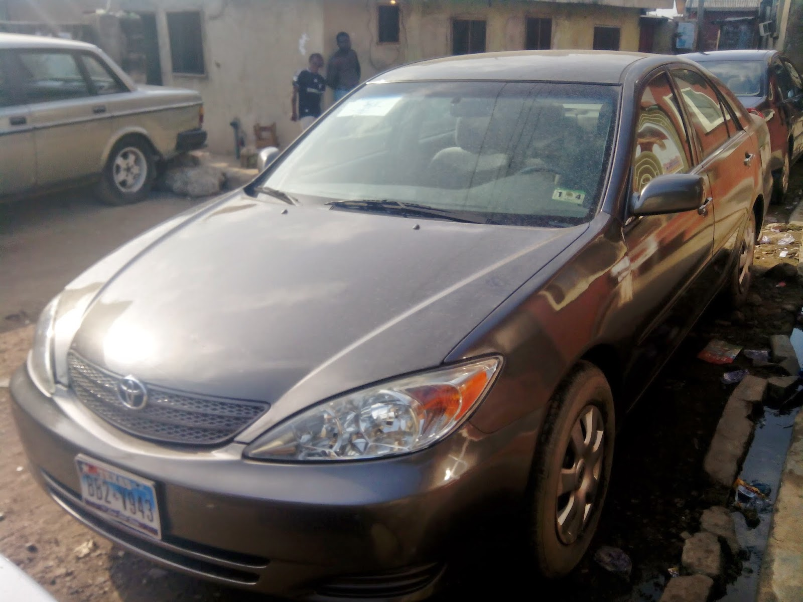 Extra neat 2004 model toyota camry for sale at an affordable price in lagos nigeria tokunbo