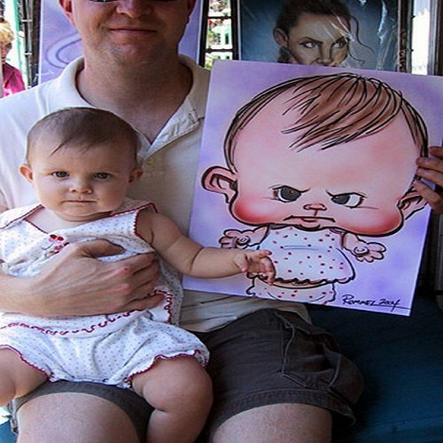 Un ridicule caricature pour un joli bébé