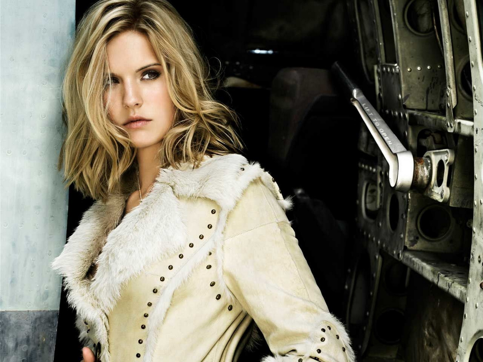 Images of Maggie Grace Wallpapers - #SC