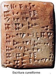 Ejemplo de tablilla cuneiforme