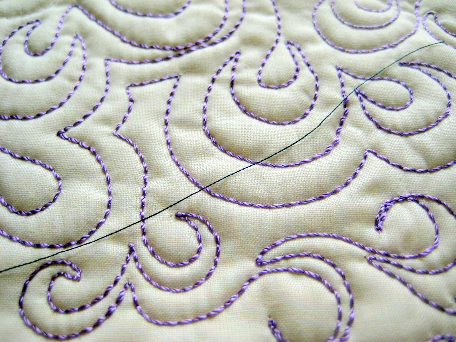bobbin quilting free motion