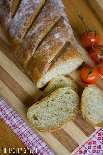 (chleb z koperkiem