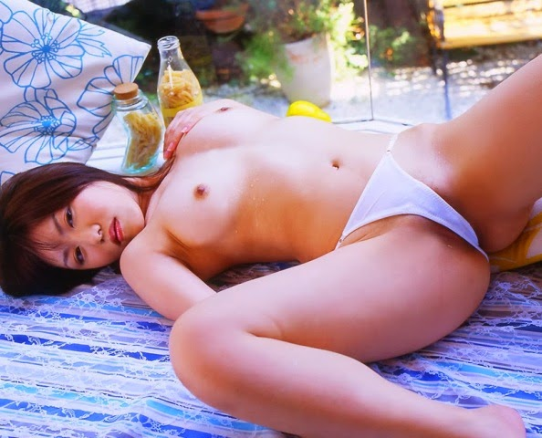 asian-big-boobs-naked