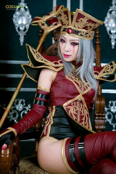 Whitemane World of Warcraft Cosplay