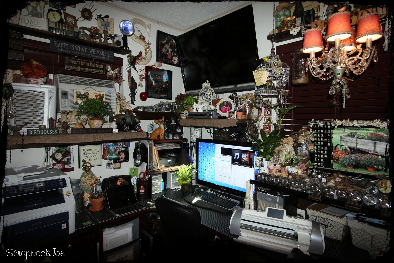 SCRAPBOOKJOE: New photos of my mini scrap studio
