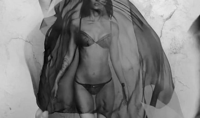 Megan Fox Half Naked, Underwear Armani, Armani Bikini, Emporio Armani Commercial
