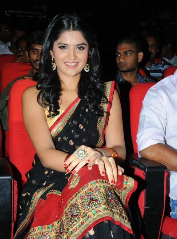 Deeksha seth in black saree at Ukodathara Ulikkipadathara audio launch - Deeksha seth at Ukodathara Ulikkipadathara audio launch function