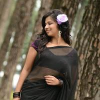 Nisha shah hot in saree