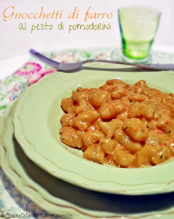 Gnocchetti di farro al pesto di pomodorini