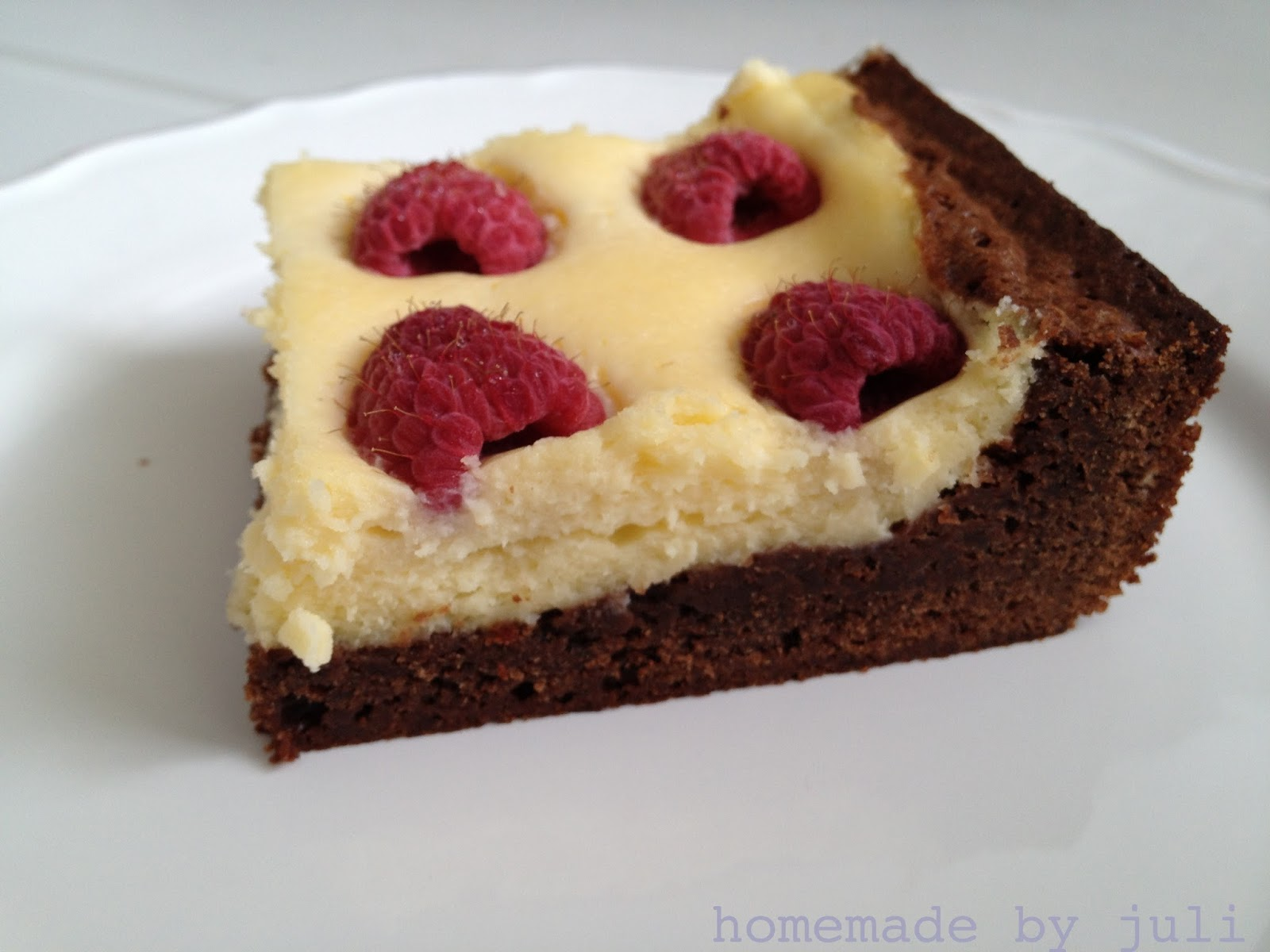homemade by juli cheesecake brownies mit himbeeren. Black Bedroom Furniture Sets. Home Design Ideas