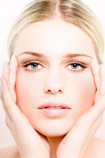 Vitamin A (The initial substance of retinol cream) is an important component of the cornea