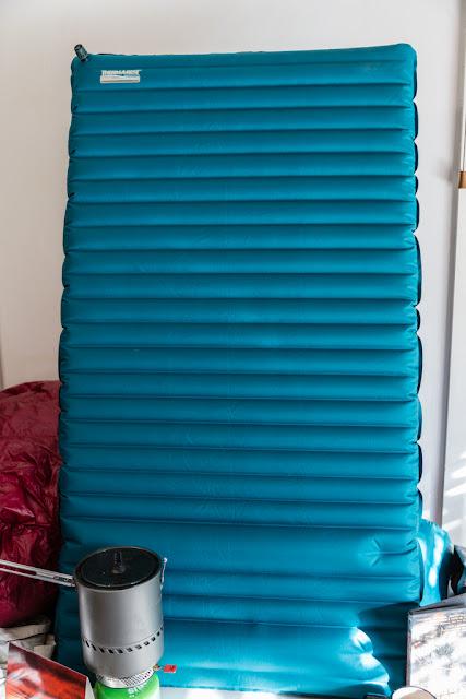 therm-a-rest neoair trekker torso size sleeping mat