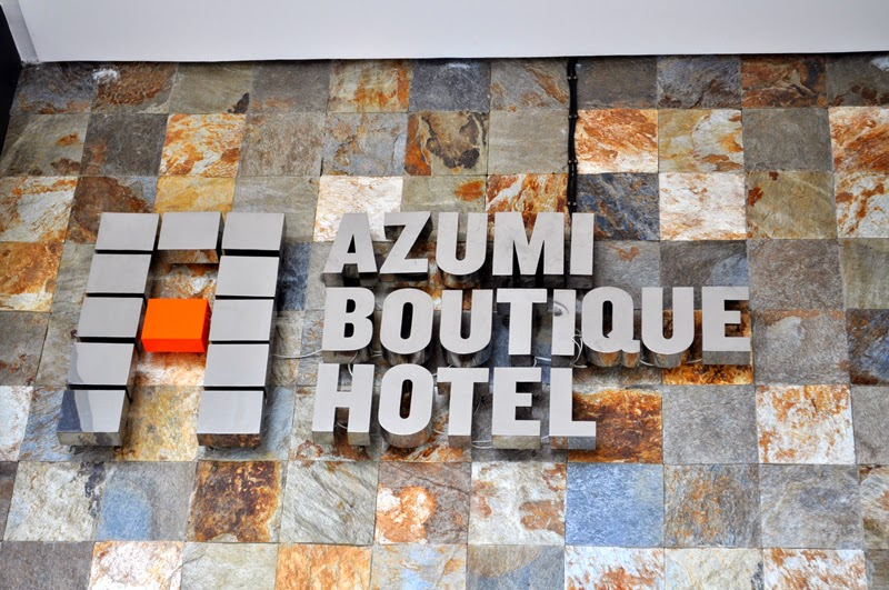Staycation azumi boutique hotel rochelle rivera the use of this 360 virtual tour of azumi boutique hotel in alabang muntinlupa city is authorized by traveloka stopboris Gallery