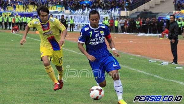 Persib Bandung Kalahkan Arema 3-2