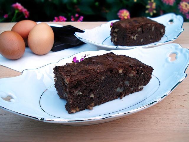 brownie, chocolate, chocolate y nueces, bizcocho