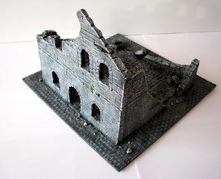makieta ruin budynku osgiliath