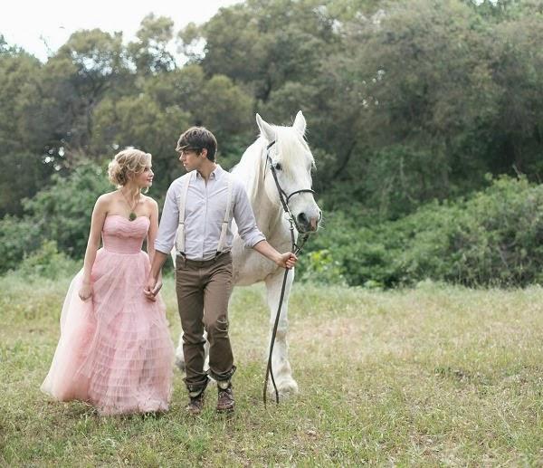 Romántica propuesta de vestido de novia en nude rosa
