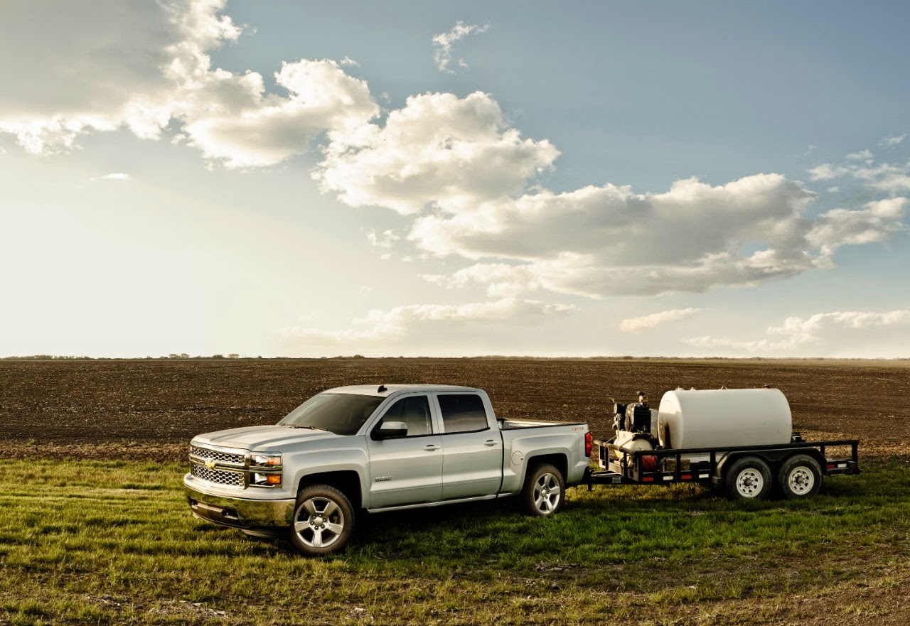 2015 chevrolet silverado 1500 tows up to 12 000 pounds 06 23 2014. Black Bedroom Furniture Sets. Home Design Ideas