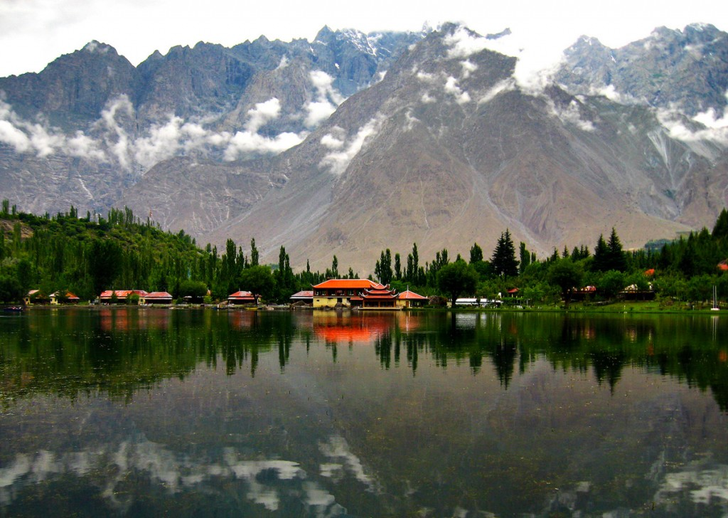 Lower Kachura Lake, Pakistan