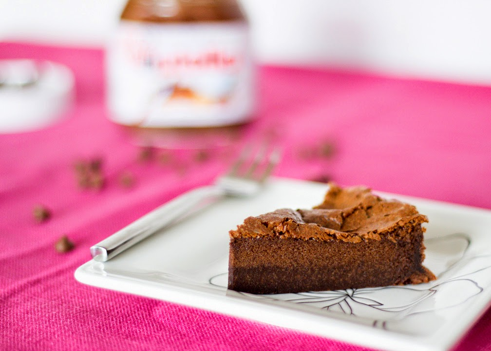 como fazer receita Bolo de Nutella com 2 ingredientes