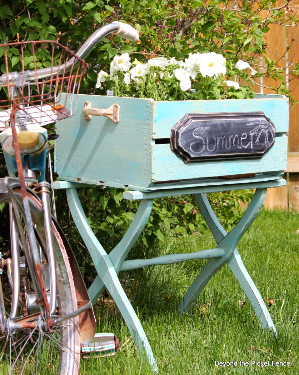 luggage rack and crate upcycled and repurposed http://bec4-beyondthepicketfence.blogspot.com/2014/05/a-cratea-luggage-rack.html