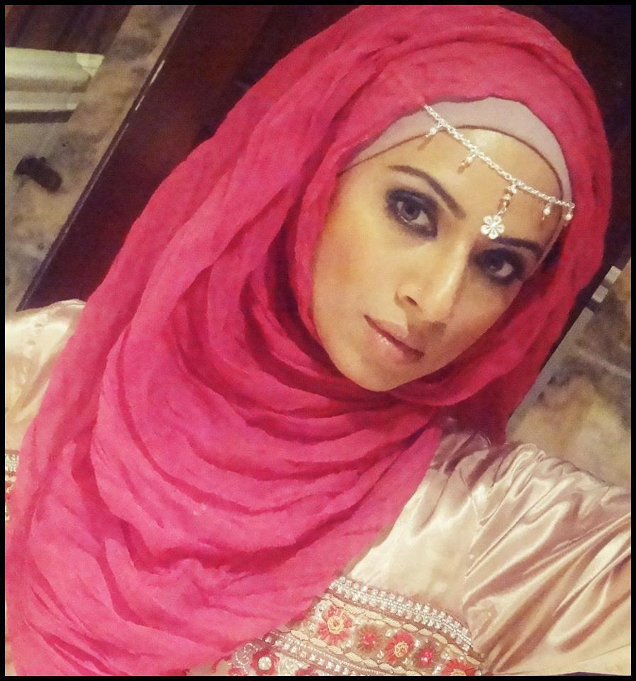 Hijab Fashion Style Plumede