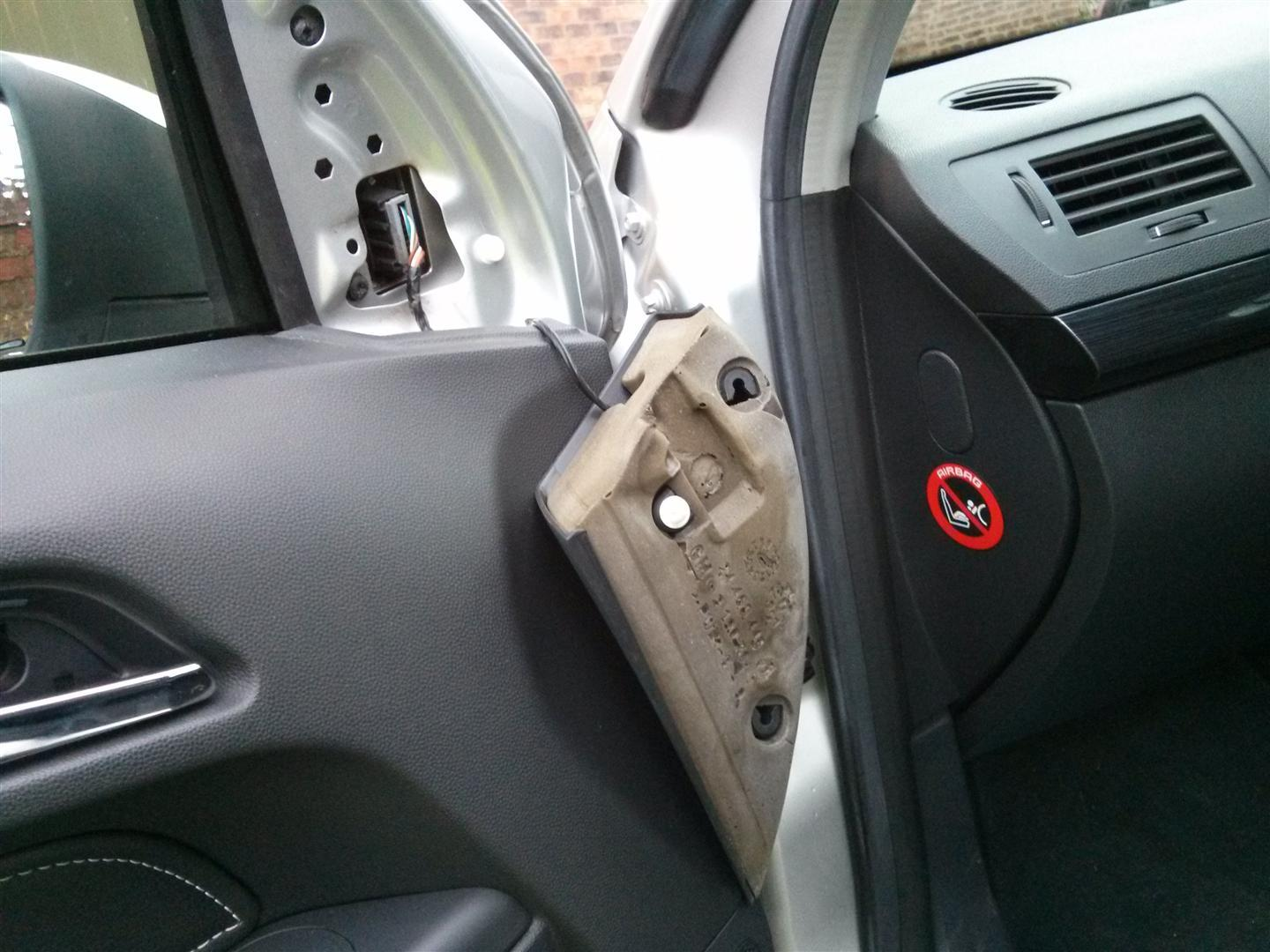 Once released carefully disconnect the wires going to the door unlock handle light and window switch. Release the door lock cable by unhooking the white ... & Cars code and other fun stuff: Astra H Mk5 door sill water leak fix