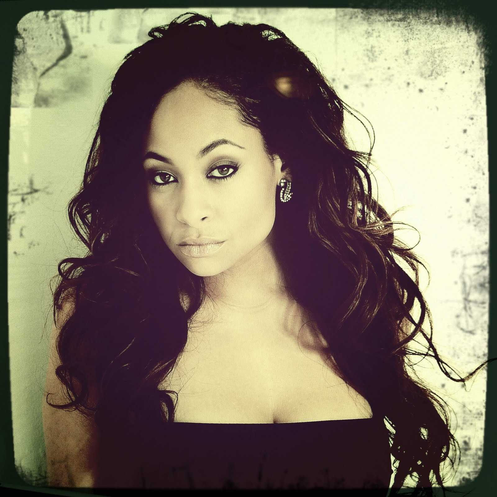 Sexy pictures of raven symone