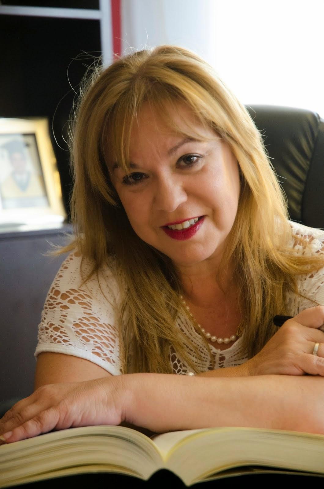 Dra. Toñy Castillo