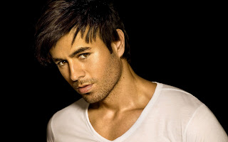 Enrique Iglesias Singer Photo Why Not Me HD Wallpaper