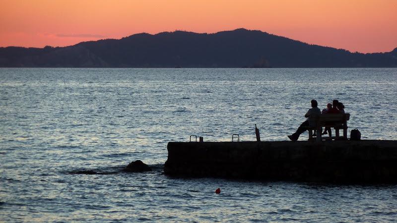 Einen schönen Sonnenuntergang sollte man genießen (Arillas, Korfu)