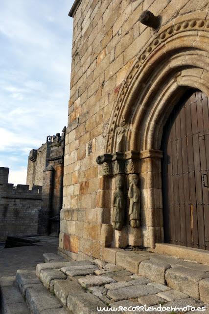 Detalle puerta Sta Maria del Azogue