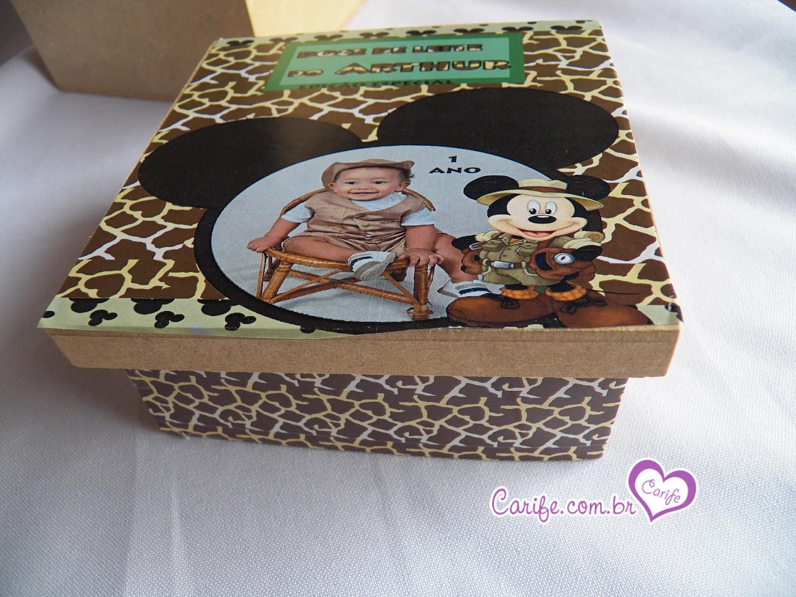 Um Modelo Que Preparamos De Caixa De Mdf MIckey Safari Disney