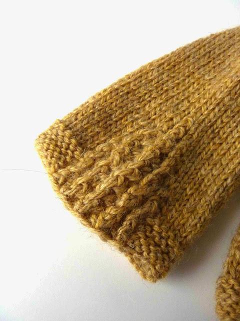 Sleeve detail on Tricsi cardigan