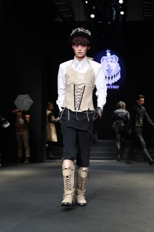 model Ahn jae Hyeon Dominic's Way Seoul Fashion Week 130326