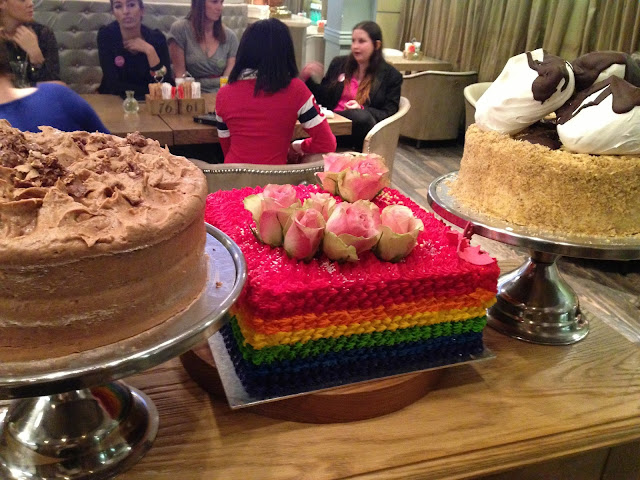 ladybloggers jhb, walnut grove, sandton city, rainbow cake, cheesecake, glitter daiquiri