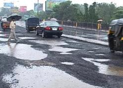 mumbai-potholes_248.jpg